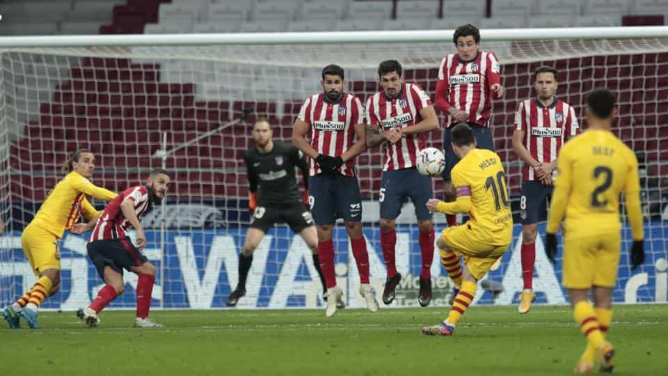 """""""دوومیدانی"""" پس از پیروزی برابر """"بارسا"""" ، فوتبالیست مادریدی ، موقعیت pole را بدست آورد"""